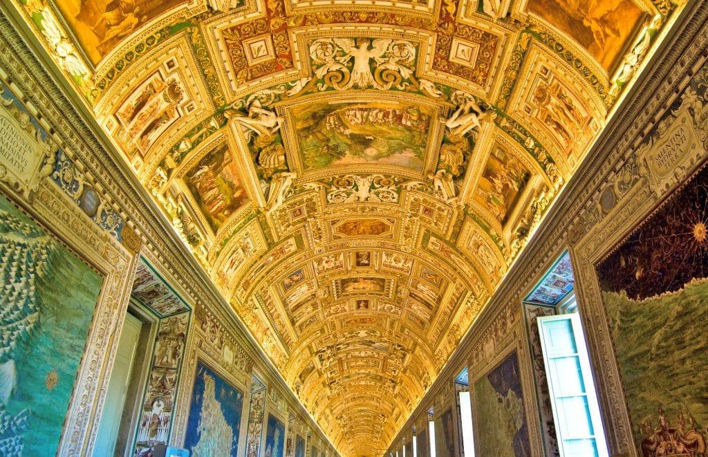 Vatikan Müzesi Haritalar Galerisi'nin Genel Görünümü